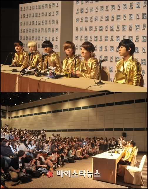 "Group Teen Top is known as ""Little Shinhwa"", ""Shinhwa's Descendant"" and ..."